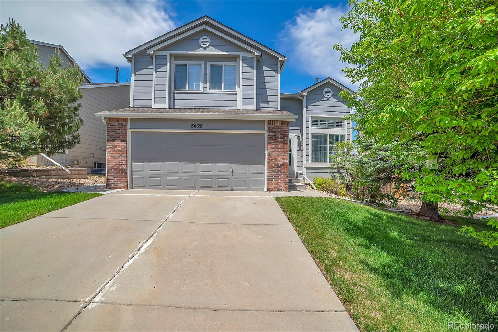 5625 S Yakima Street Property Photo - Aurora, CO real estate listing