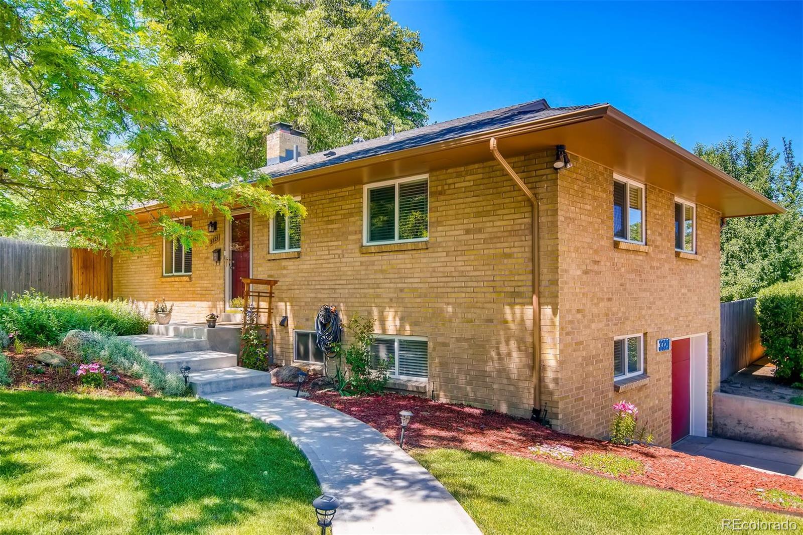 3321 S Ivy Way Property Photo - Denver, CO real estate listing
