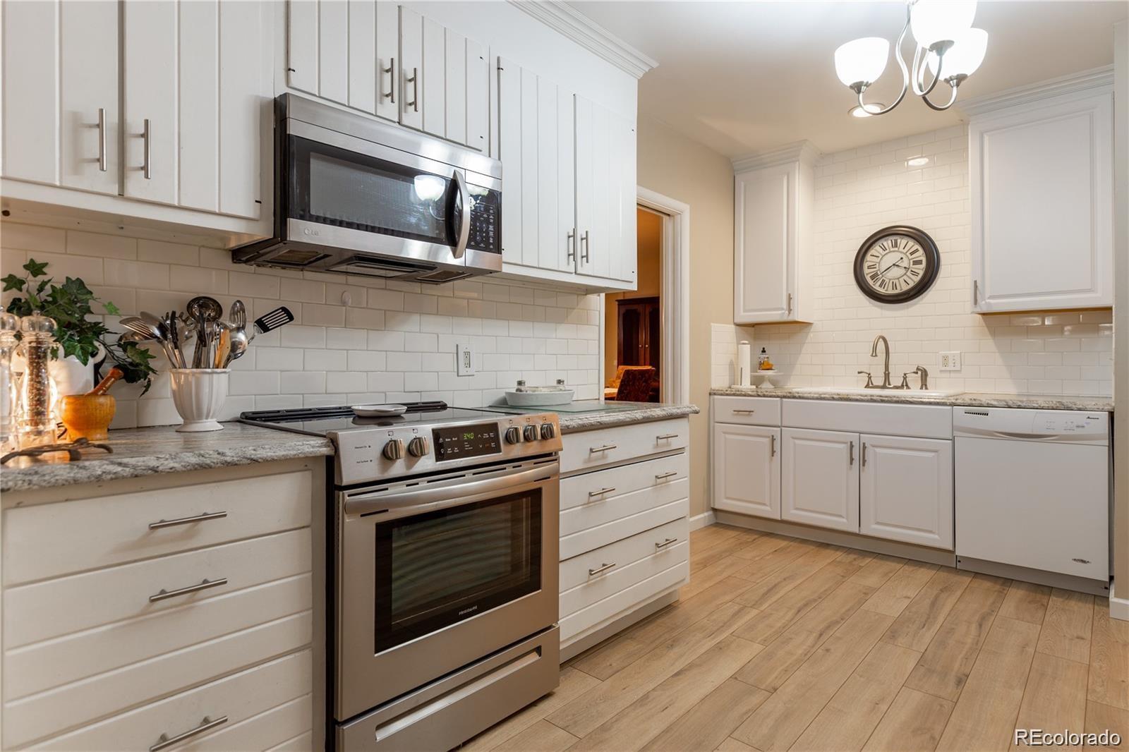7201 W Bayaud Place, Lakewood, CO 80226 - Lakewood, CO real estate listing