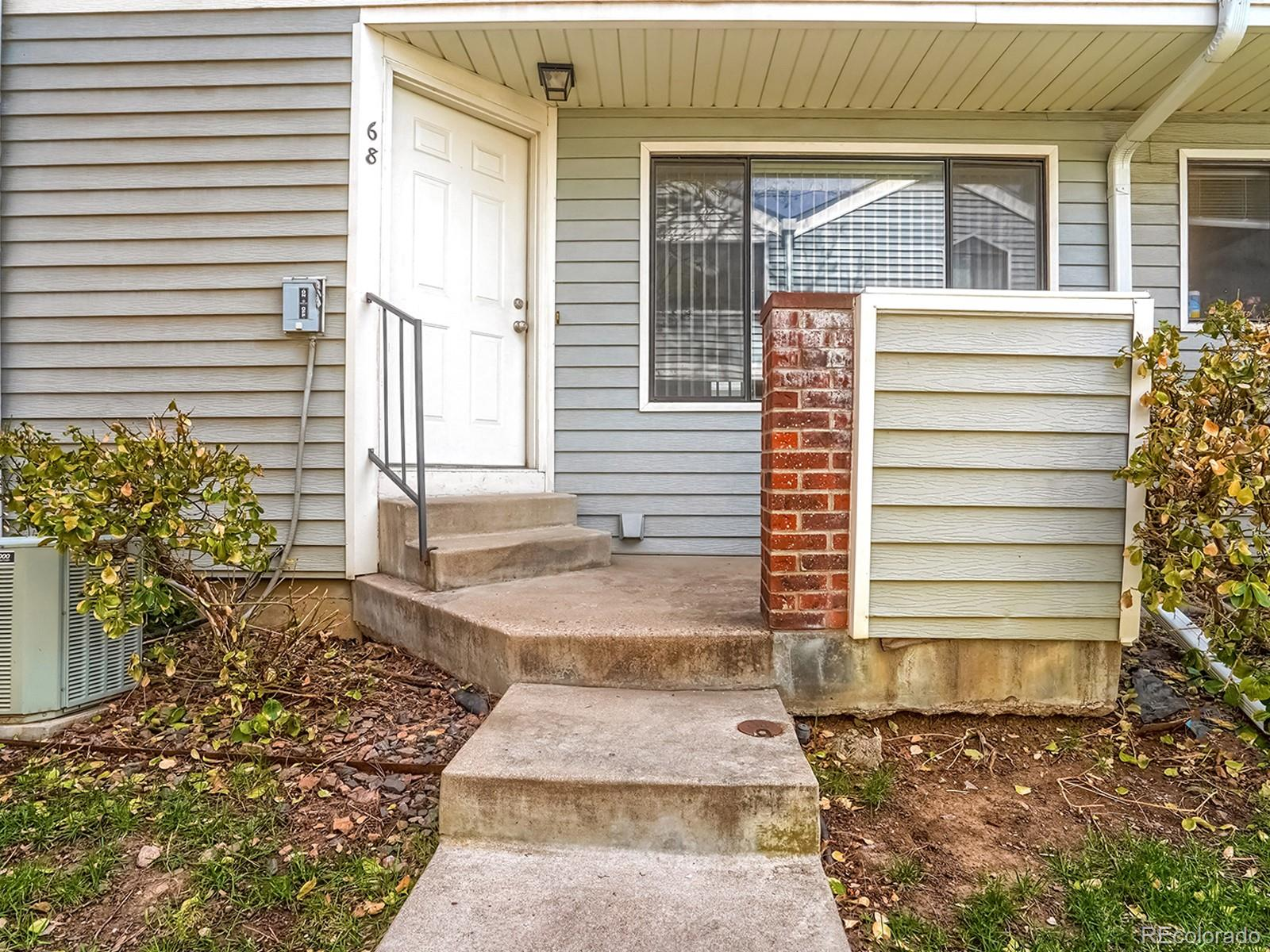 68 S Moline Street Property Photo - Aurora, CO real estate listing