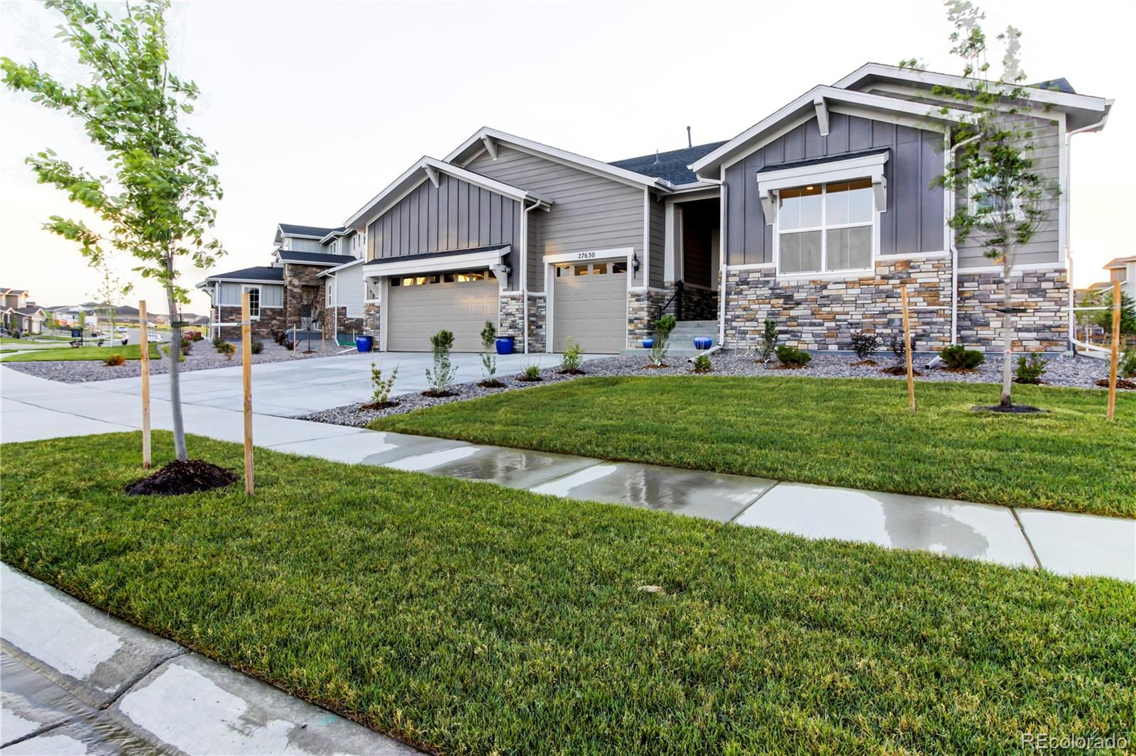 27630 E Lakeview Drive Property Photo