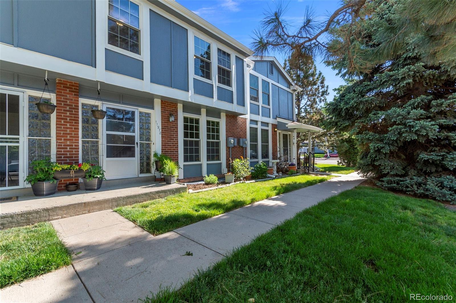 11978 E 1st Place Property Photo - Aurora, CO real estate listing