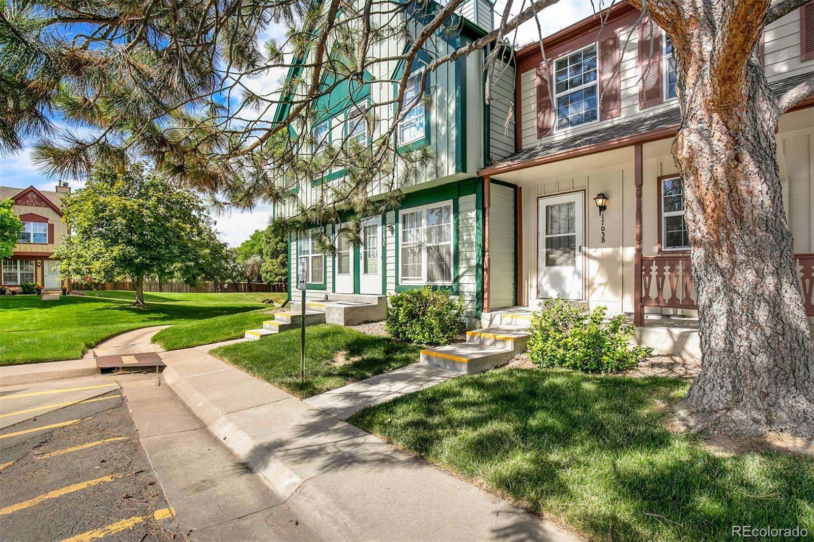 1703 S Blackhawk Way #B Property Photo - Aurora, CO real estate listing