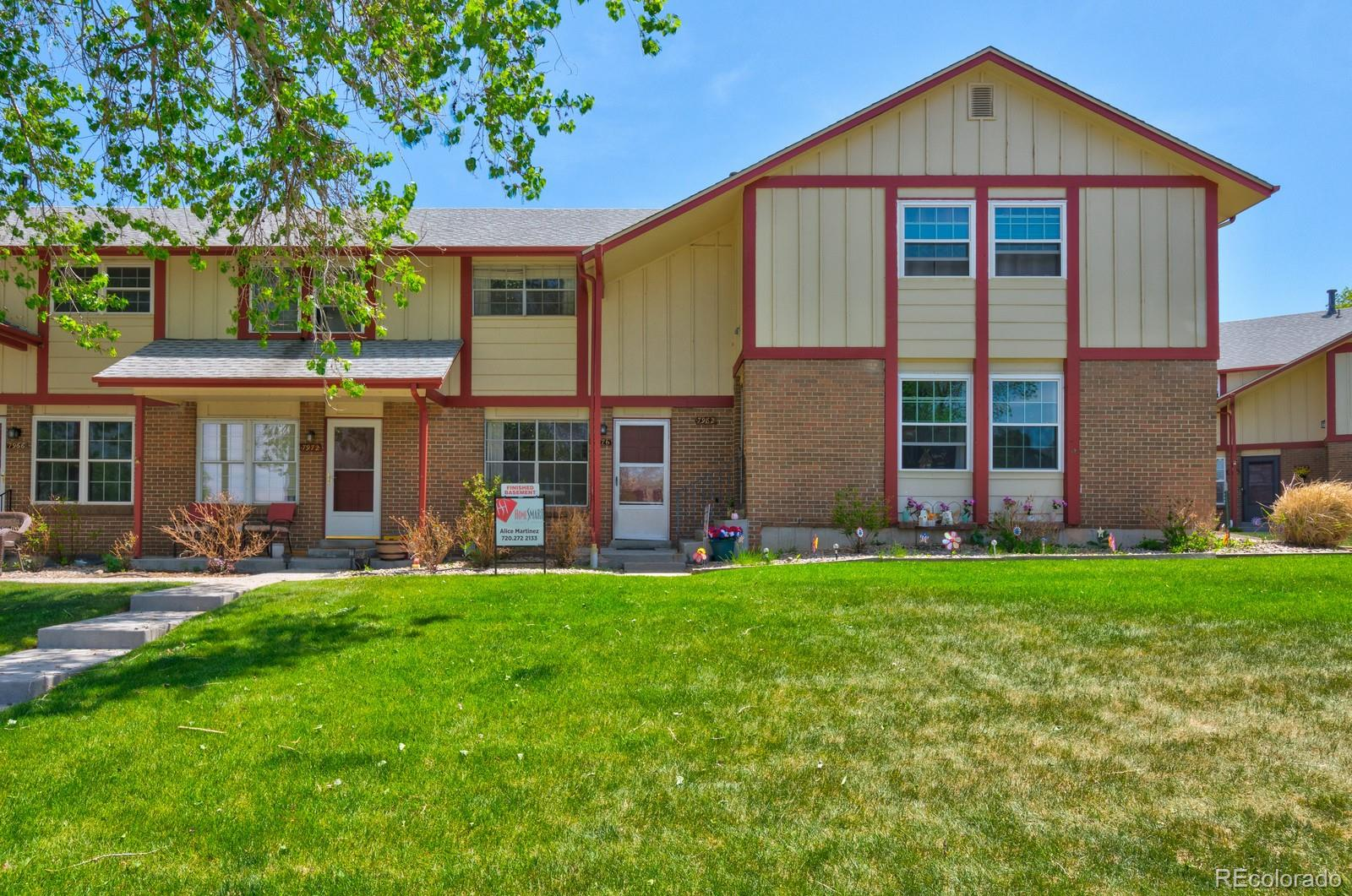 7976 W Glasgow Place Property Photo - Littleton, CO real estate listing