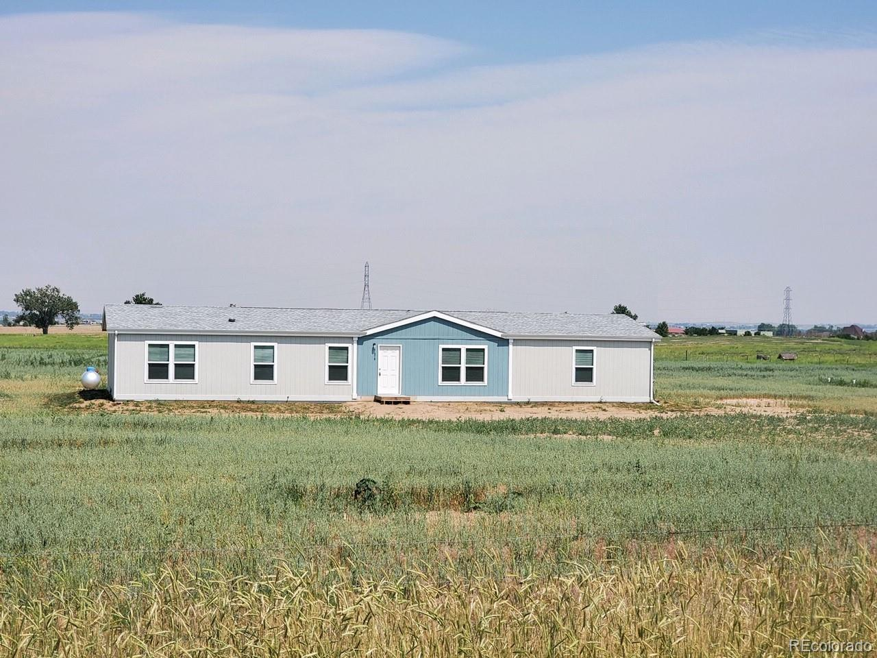 7678 County Road 21 Property Photo - Fort Lupton, CO real estate listing