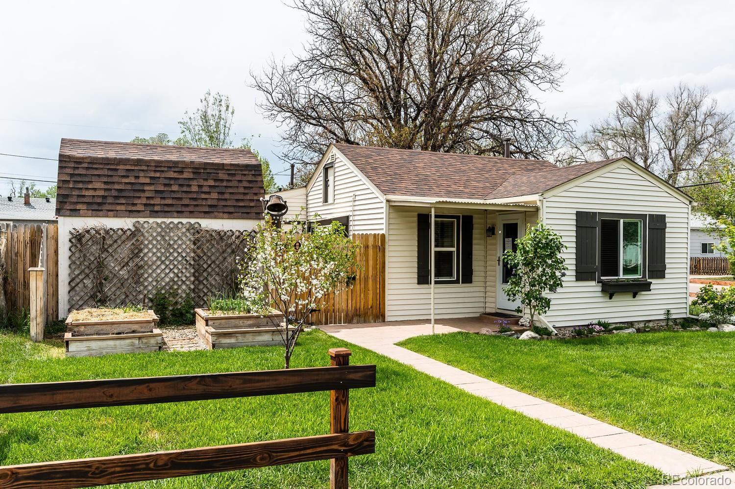 4001 S Grant Street Property Photo - Englewood, CO real estate listing