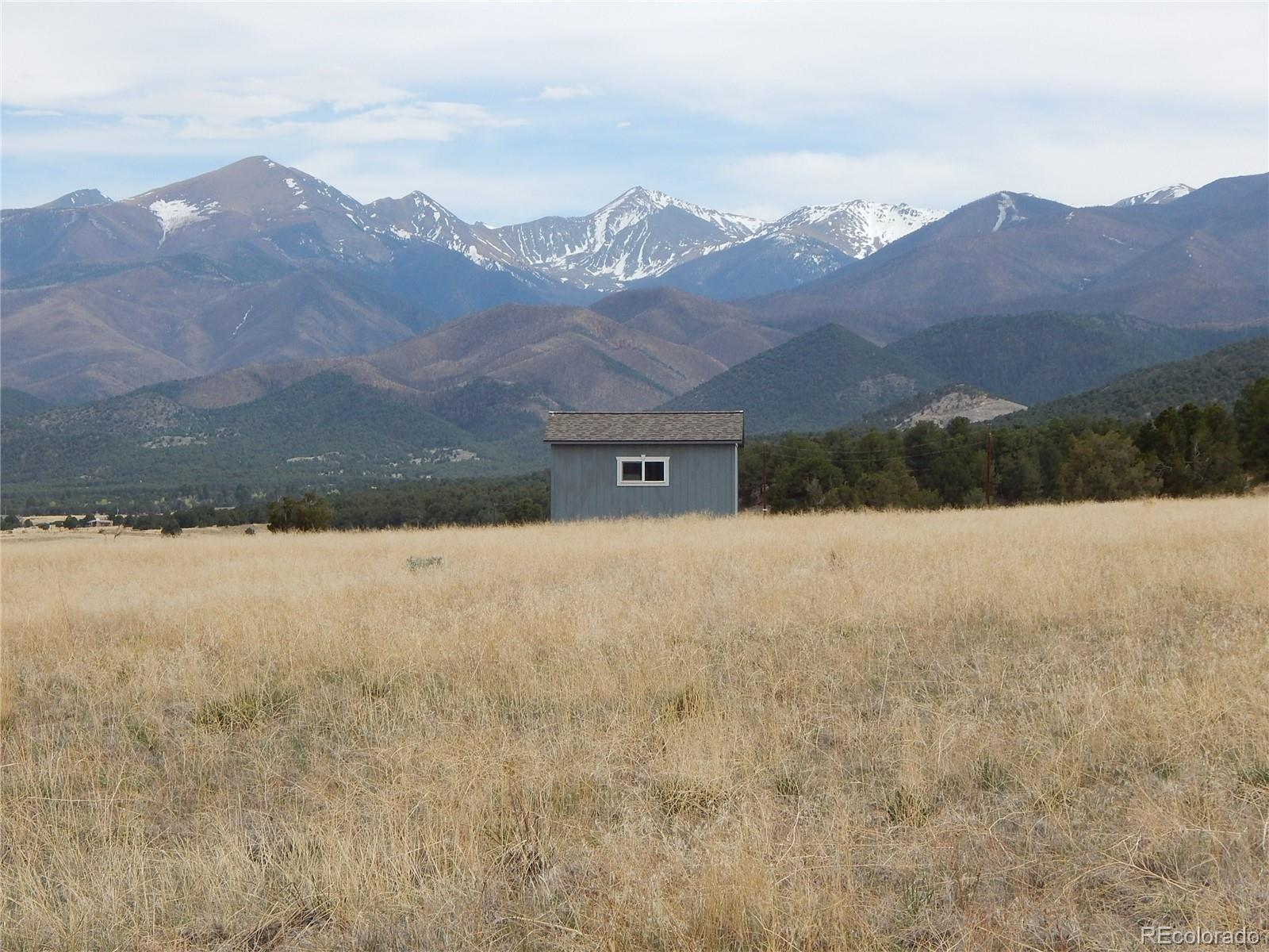 11807 County Road 45 Property Photo - Coaldale, CO real estate listing