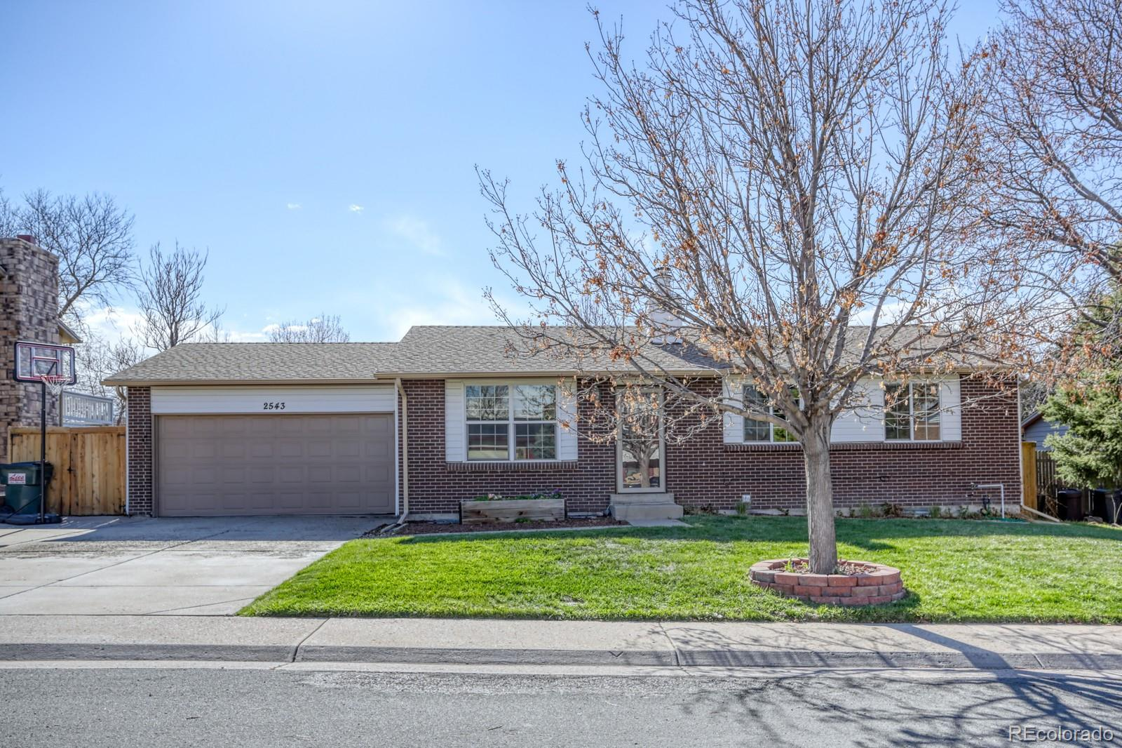 2543 S Crystal Street Property Photo - Aurora, CO real estate listing