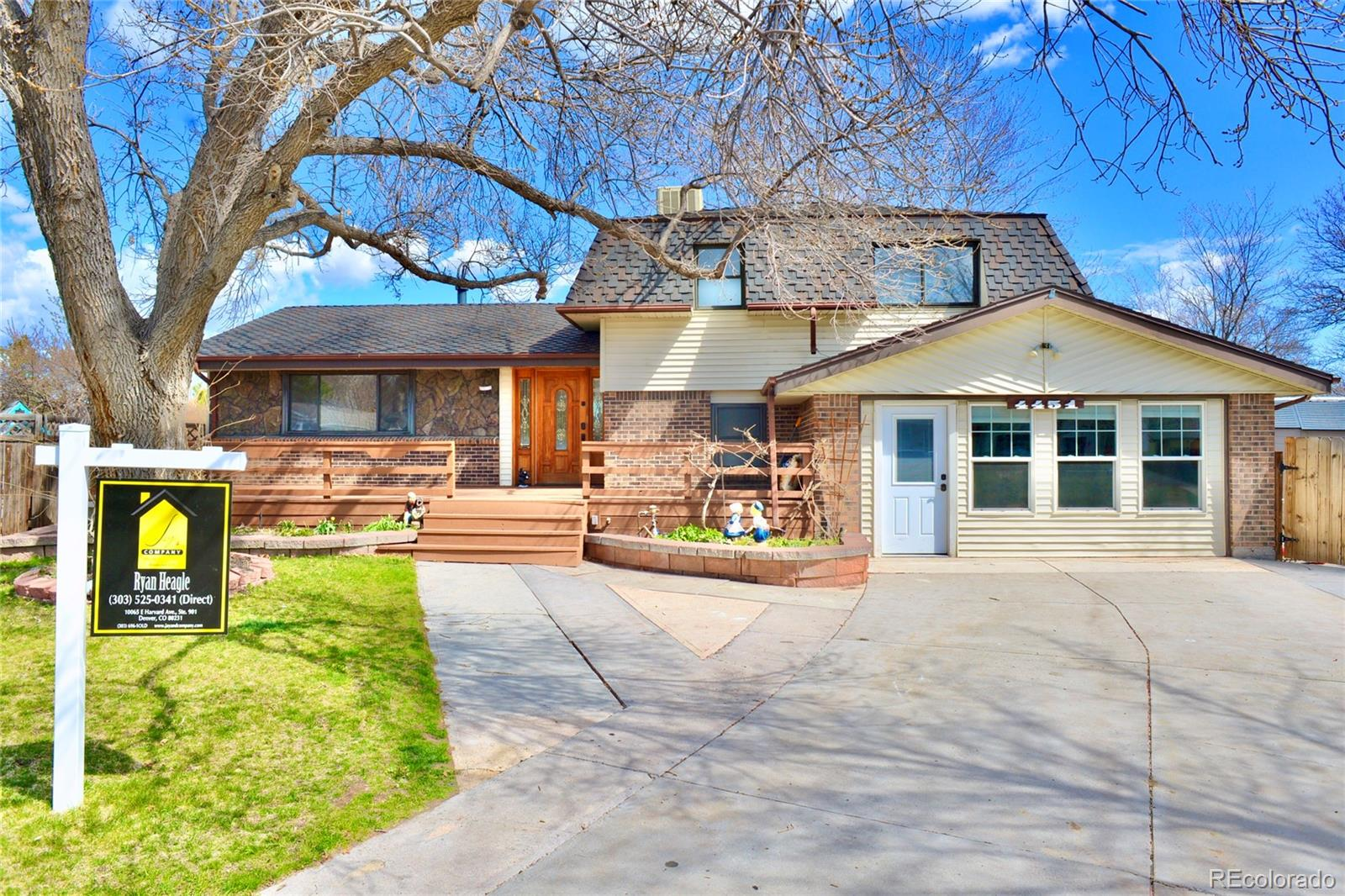 4451 E Peakview Avenue, Centennial, CO 80121 - Centennial, CO real estate listing