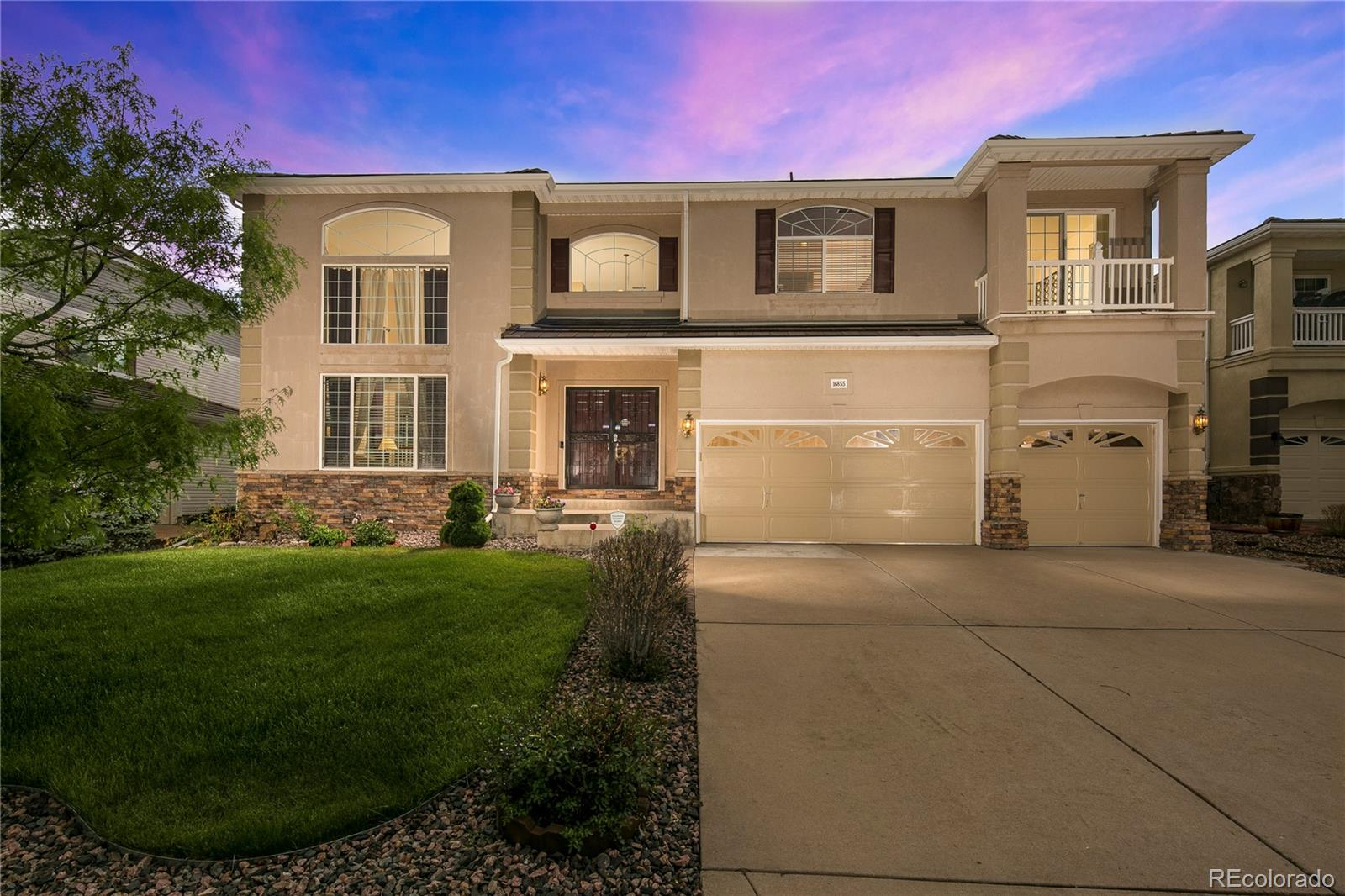 16855 E Weaver Place Property Photo - Aurora, CO real estate listing