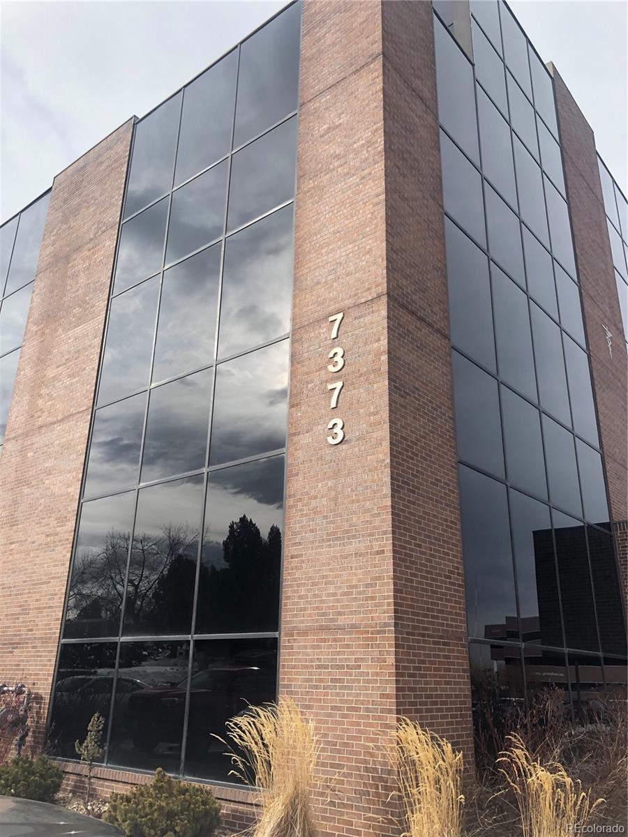 7373 W Jefferson Avenue #202 Property Photo - Lakewood, CO real estate listing