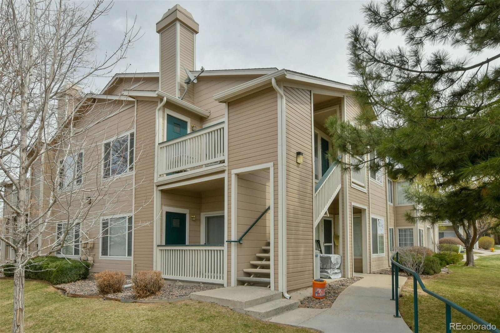 8475 Pebble Creek Way #202 Property Photo - Highlands Ranch, CO real estate listing
