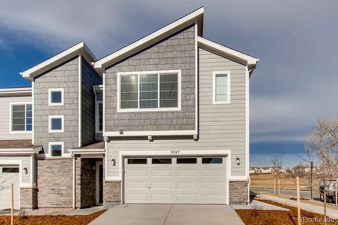 4027 98th Place Property Photo - Thornton, CO real estate listing