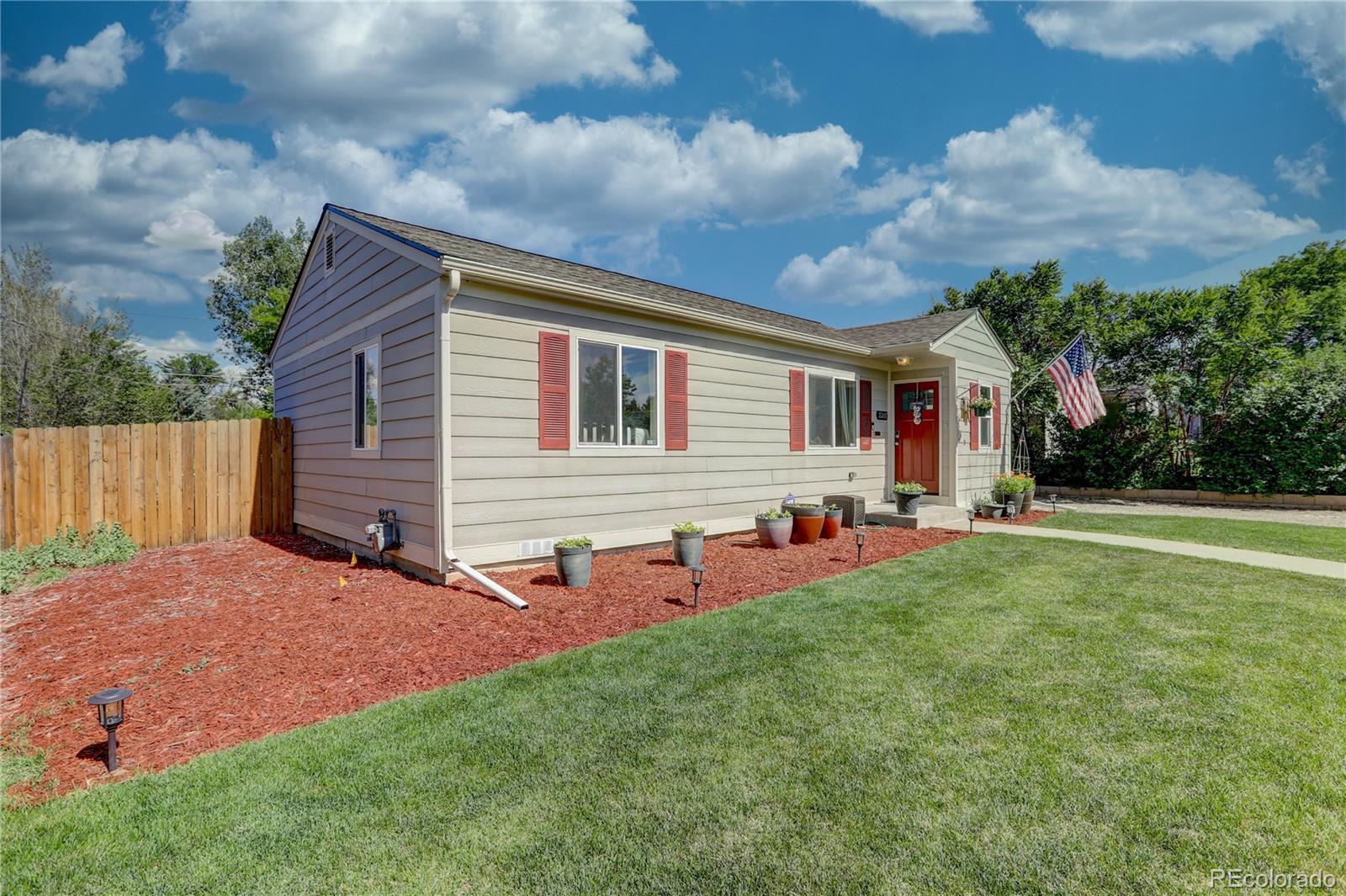 3380 S Elm Street Property Photo - Denver, CO real estate listing