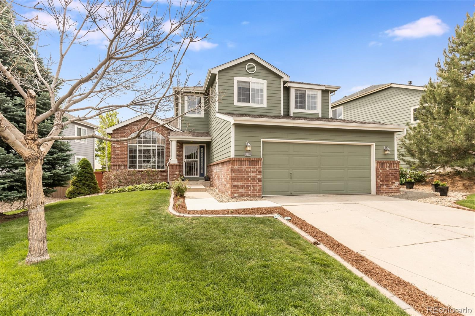 9211 Lark Sparrow Drive Property Photo - Highlands Ranch, CO real estate listing