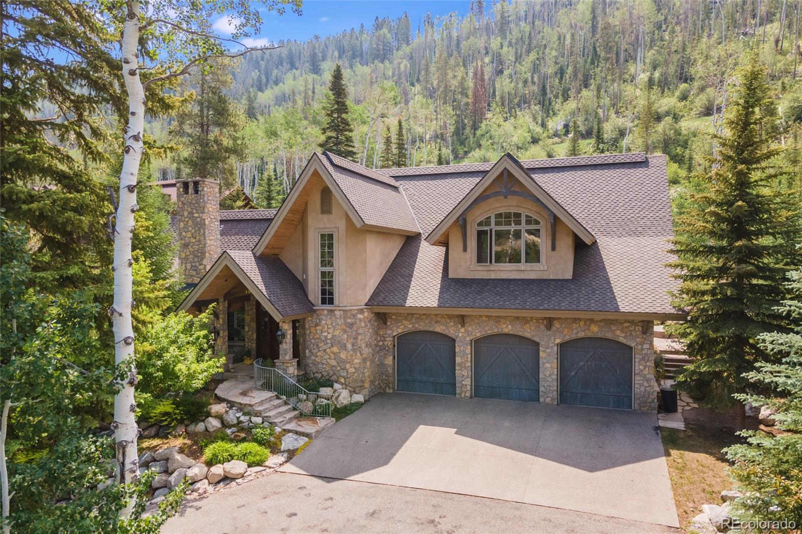 3053 Aspen Wood Drive Property Photo 1