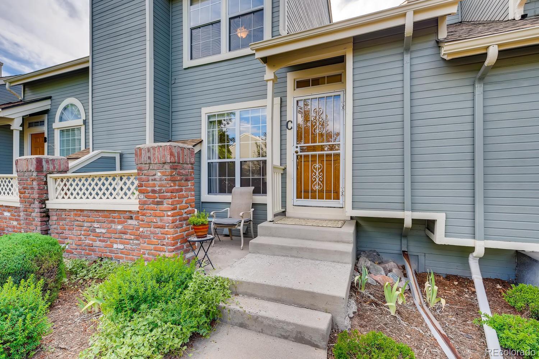 2902 W Long Circle #C Property Photo - Littleton, CO real estate listing