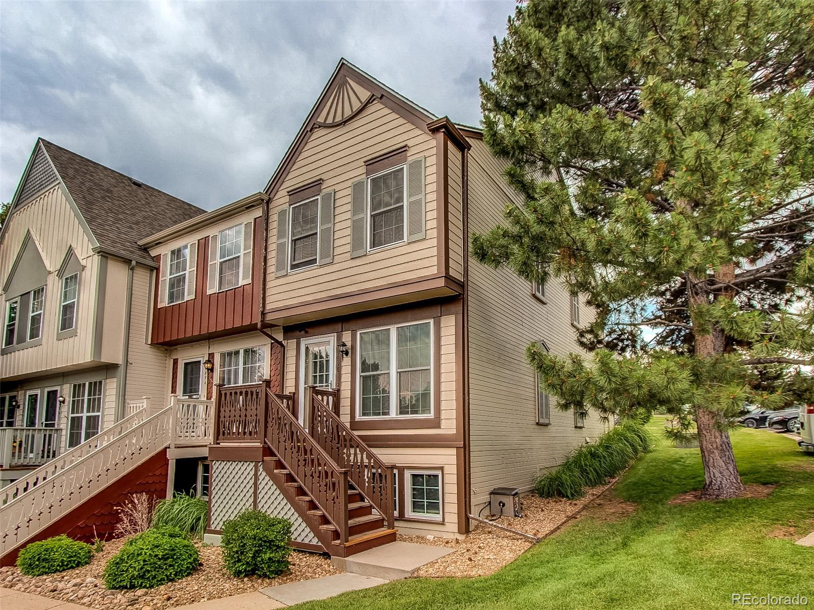 9898 W Cornell Place Property Photo - Lakewood, CO real estate listing