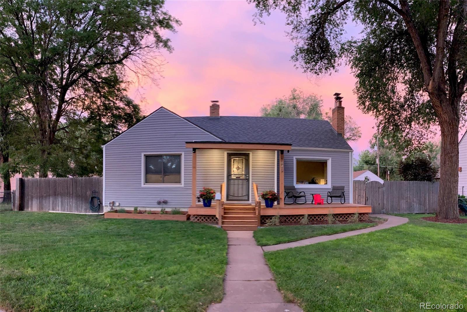 2440 Kendall Street Property Photo - Edgewater, CO real estate listing
