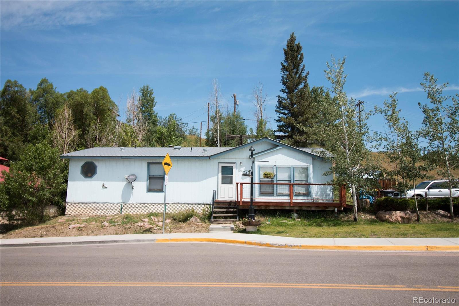 217 E Main Street Property Photo 1