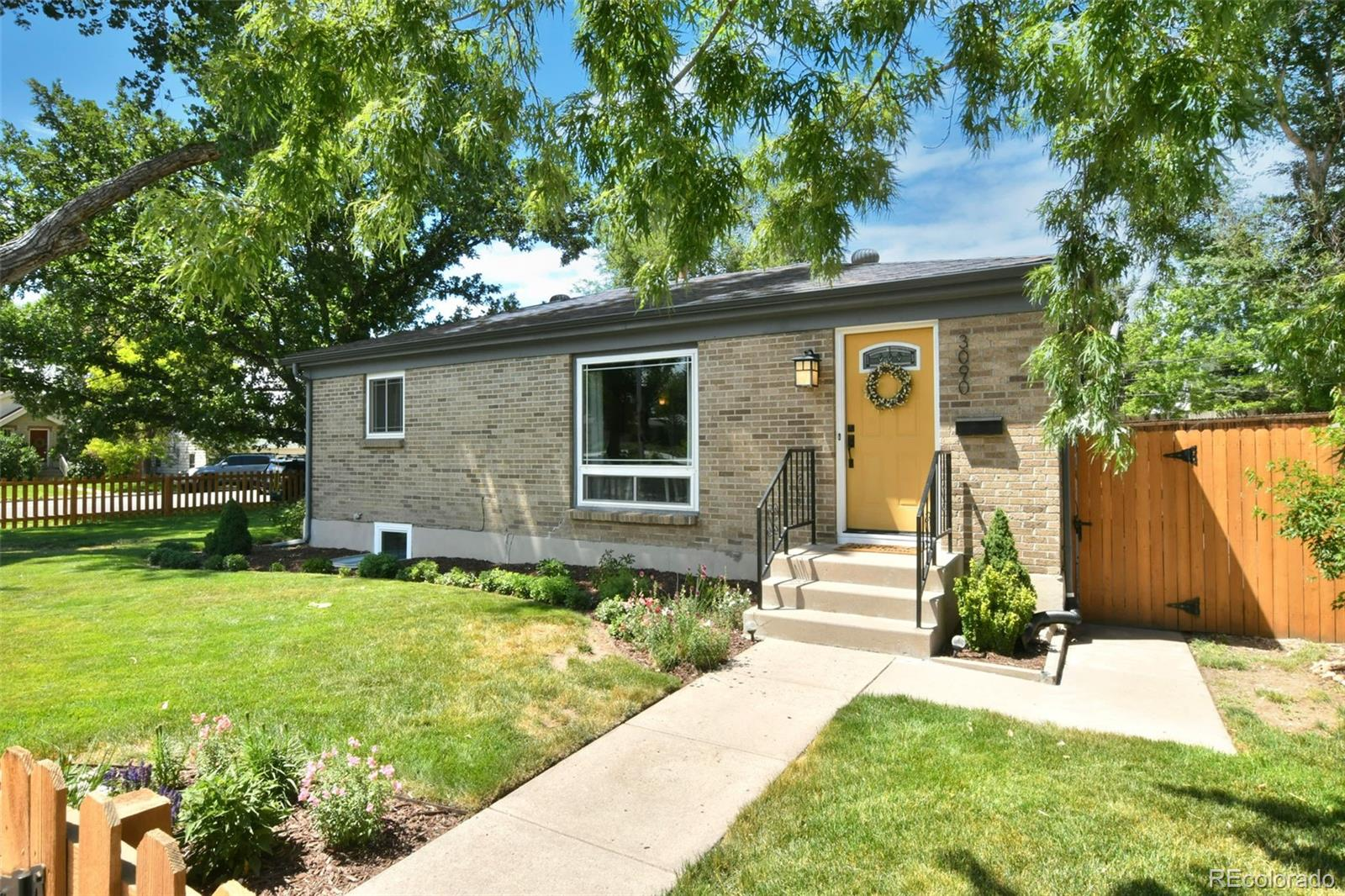3090 S Clarkson Street Property Photo - Englewood, CO real estate listing
