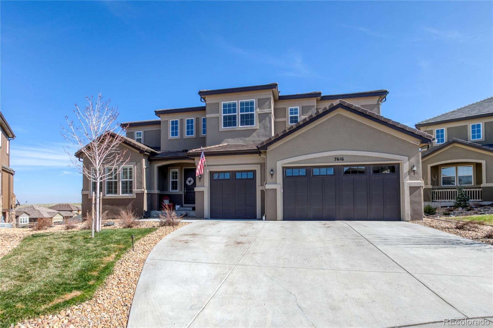 7616 S Valleyhead Court Property Photo - Aurora, CO real estate listing