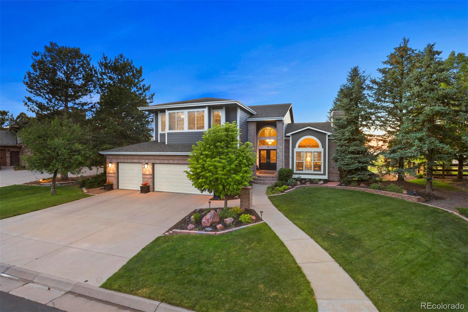28 Falcon Hills Drive Property Photo - Highlands Ranch, CO real estate listing