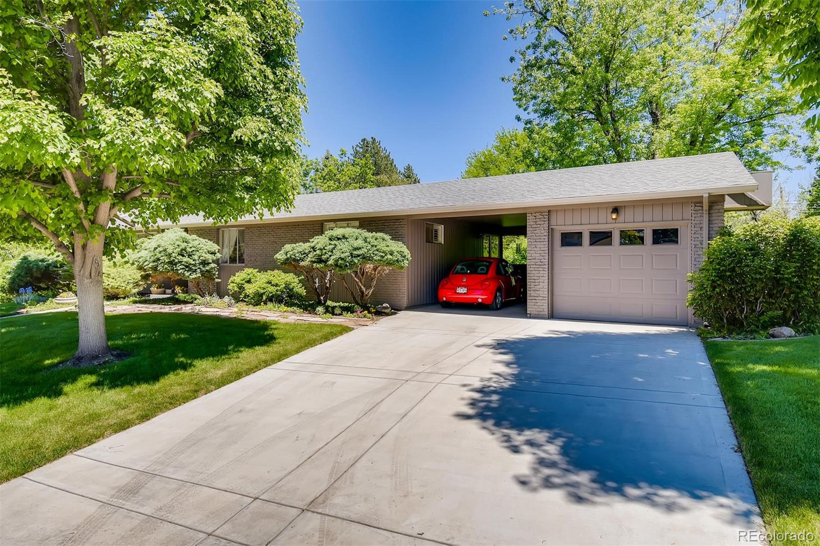6092 S Cherrywood Circle Property Photo - Centennial, CO real estate listing