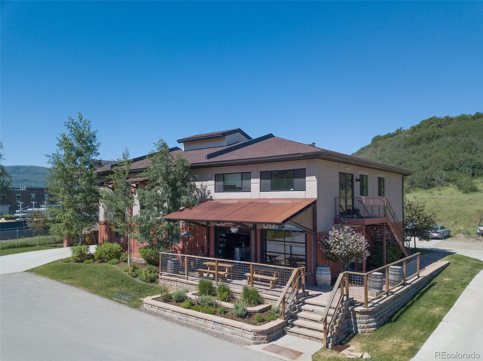 2875 Elk River Road Property Photo 1