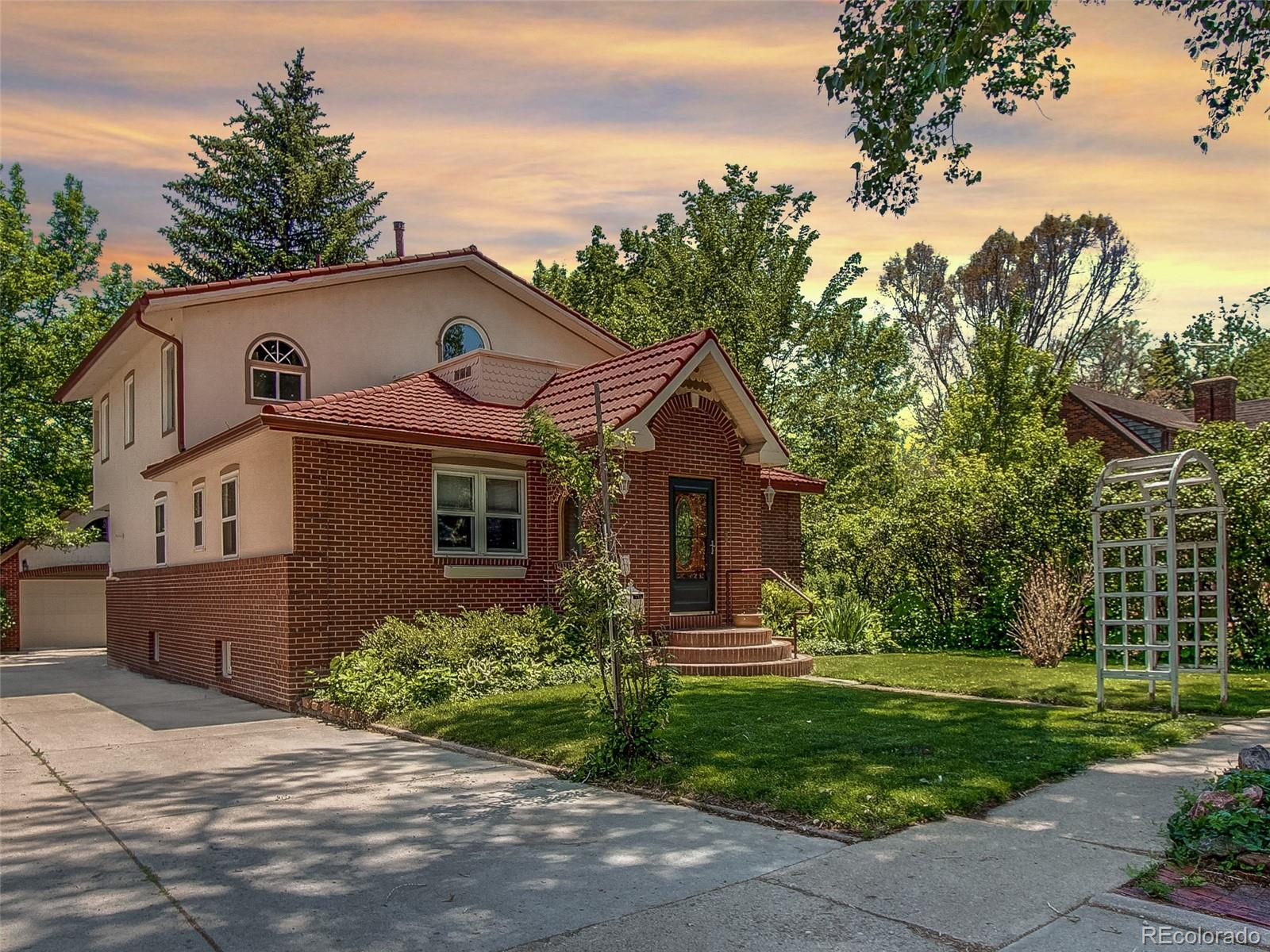 512 Bross Street Property Photo - Longmont, CO real estate listing