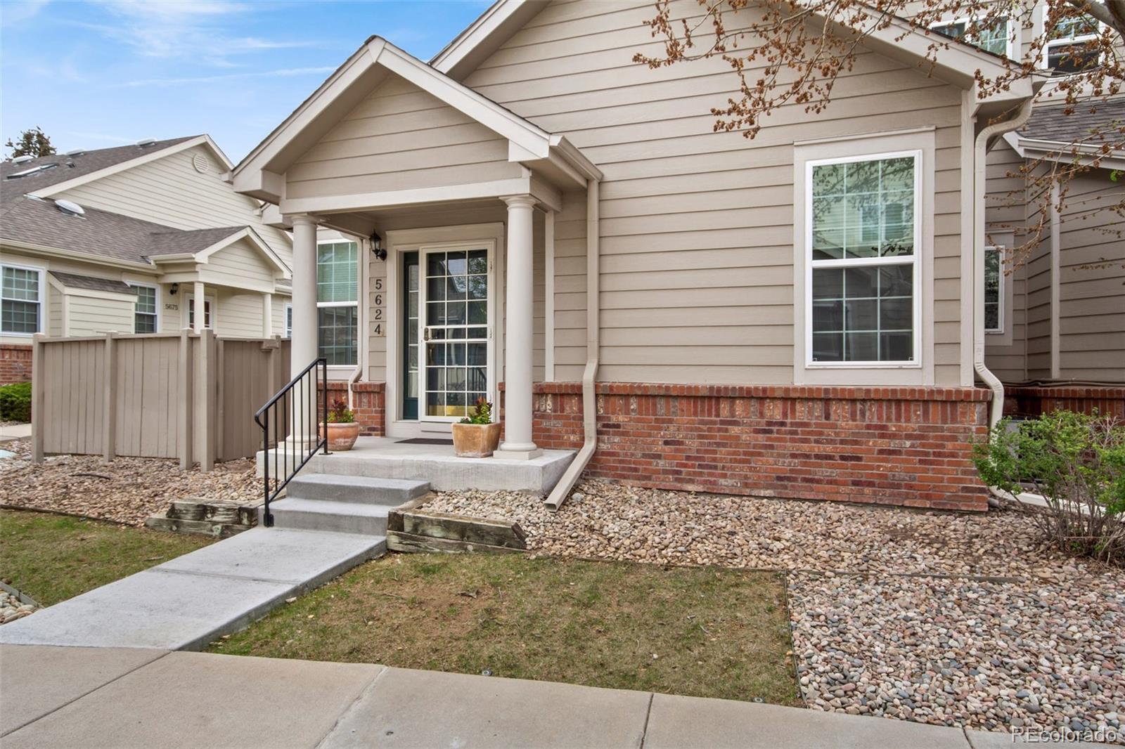 5624 E Nichols Place Property Photo - Centennial, CO real estate listing