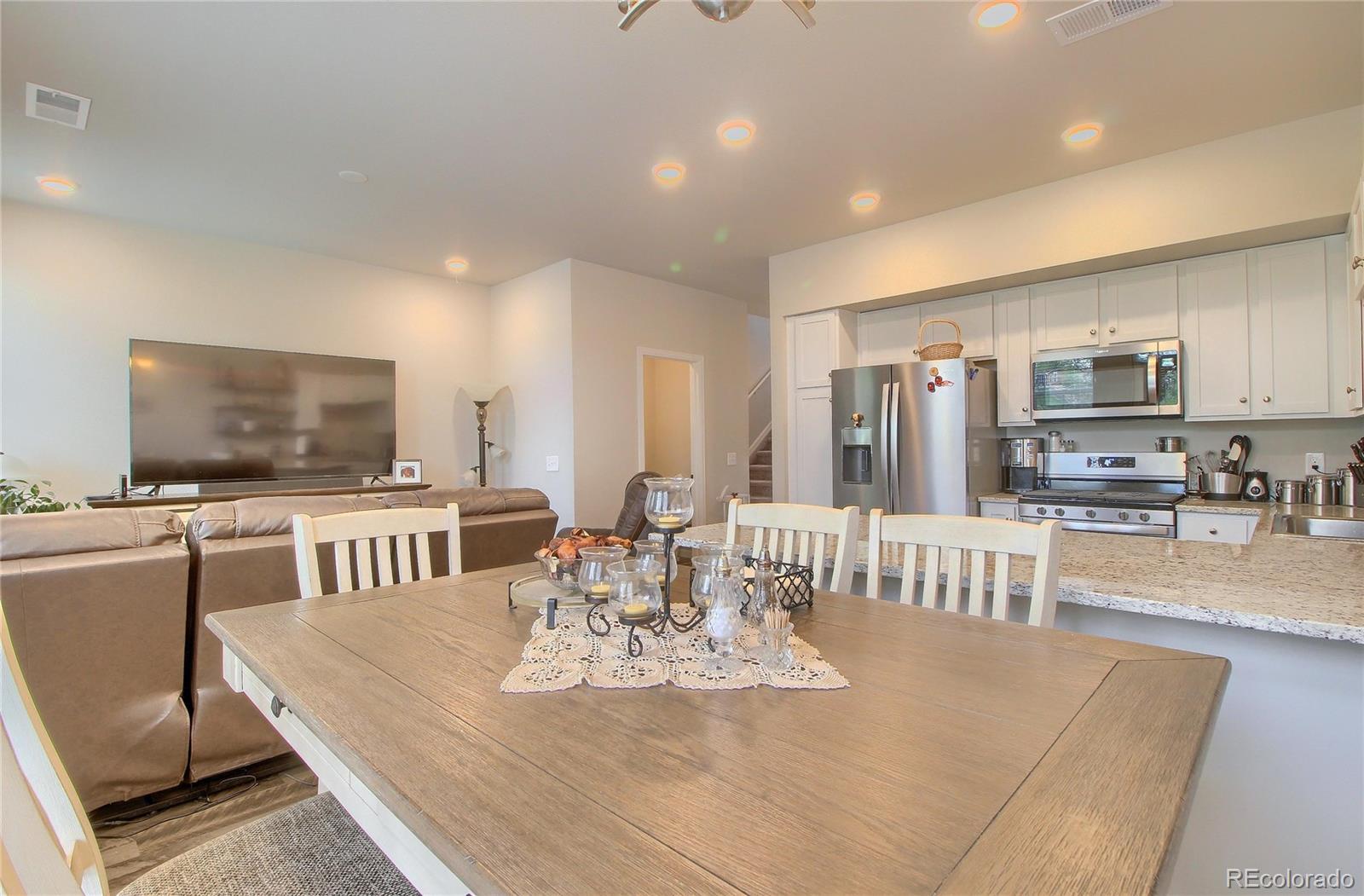 1134 Oak Circle Property Photo - Lakewood, CO real estate listing
