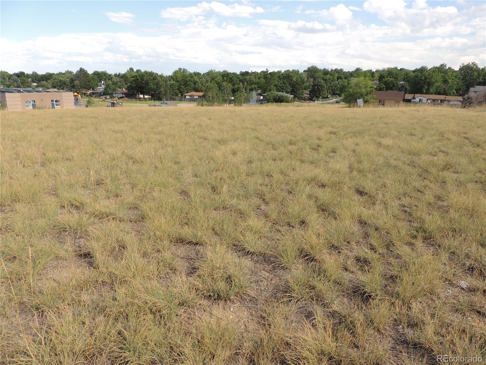 7402 W 76th Ave Avenue Property Photo - Arvada, CO real estate listing