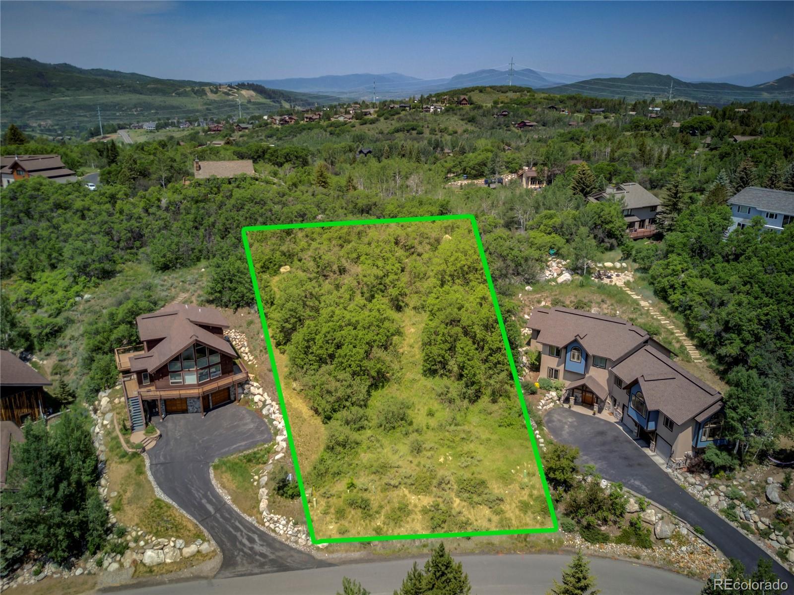 619 Meadowbrook Circle Property Photo 1