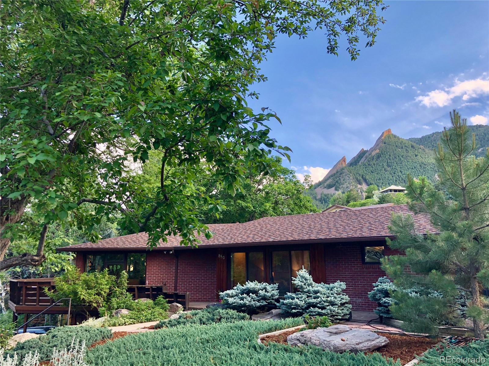 850 Circle Drive Property Photo - Boulder, CO real estate listing