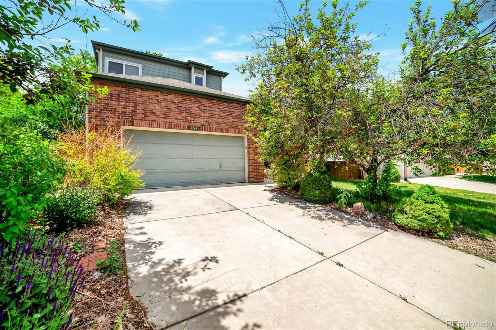 9717 Red Oakes Place Property Photo - Highlands Ranch, CO real estate listing
