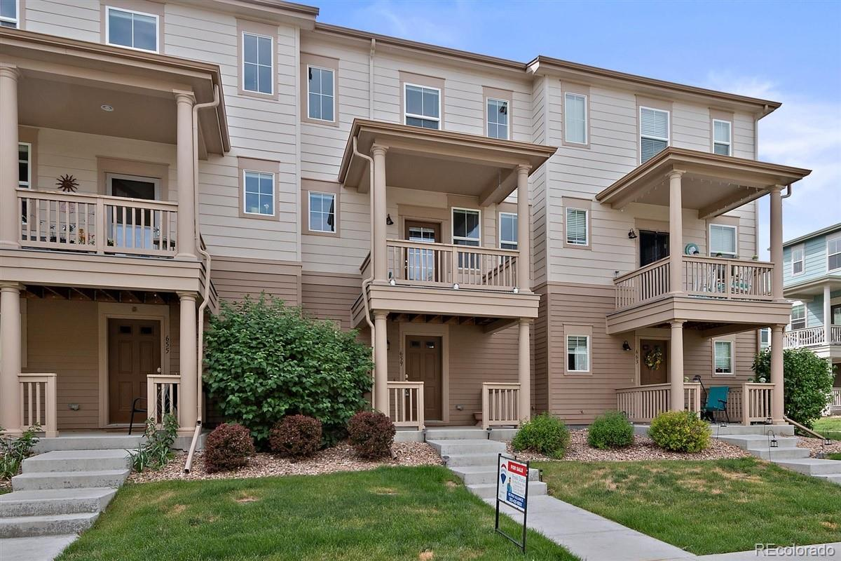 659 Rawlins Way Property Photo - Lafayette, CO real estate listing