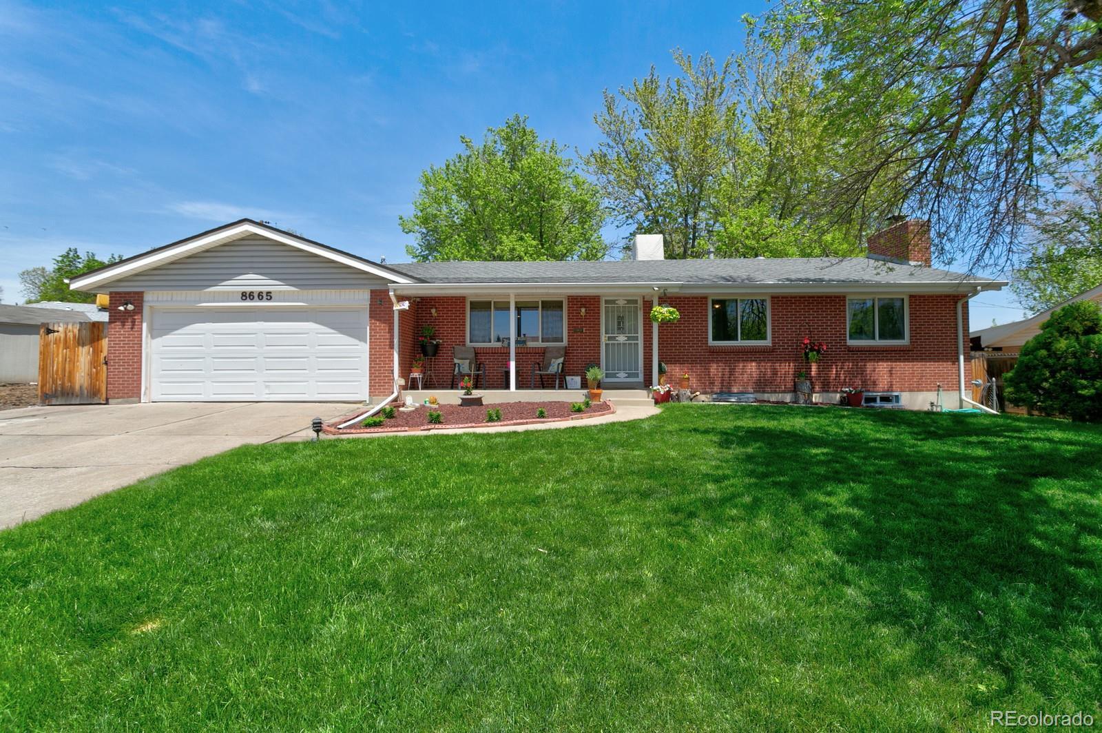 8665 W Utah Avenue, Lakewood, CO 80232 - Lakewood, CO real estate listing