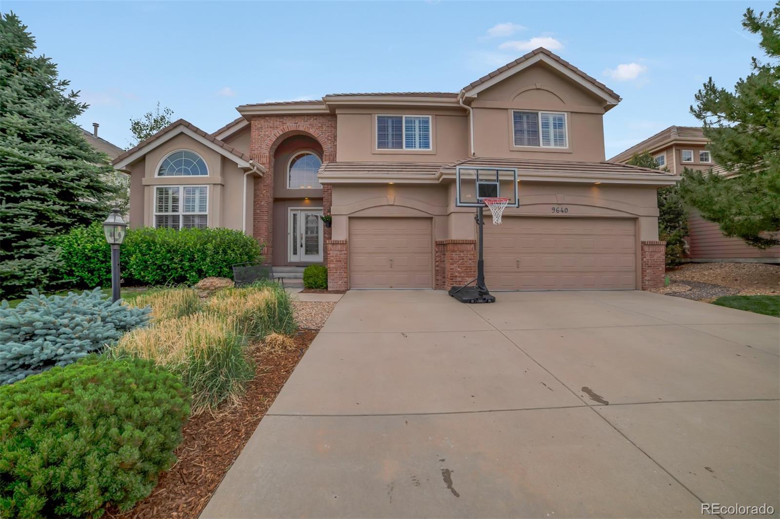 9640 E Aspen Hill Circle Property Photo - Lone Tree, CO real estate listing
