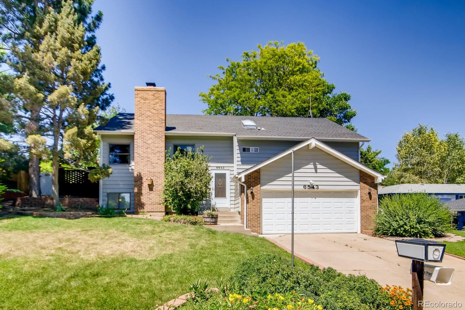 6543 Owens Court Property Photo - Arvada, CO real estate listing