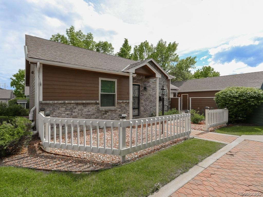 3136 Spinnaker Drive Property Photo - Longmont, CO real estate listing