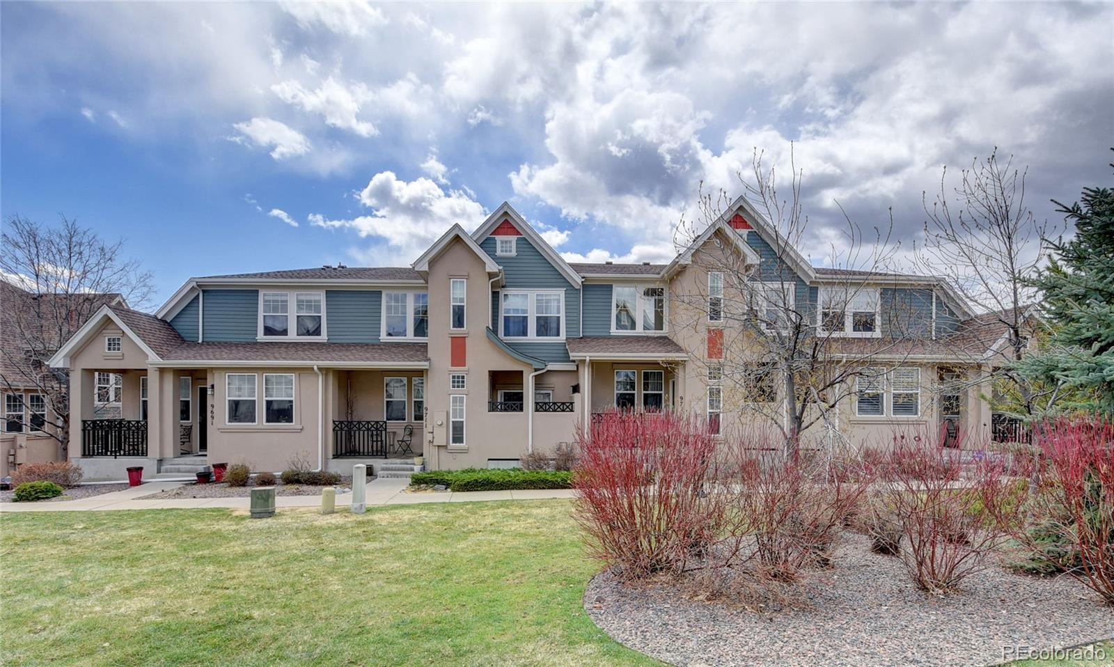9721 W Indore Drive Property Photo - Littleton, CO real estate listing