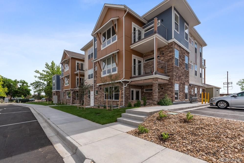 190 S Cherrywood Drive #102 Property Photo - Lafayette, CO real estate listing