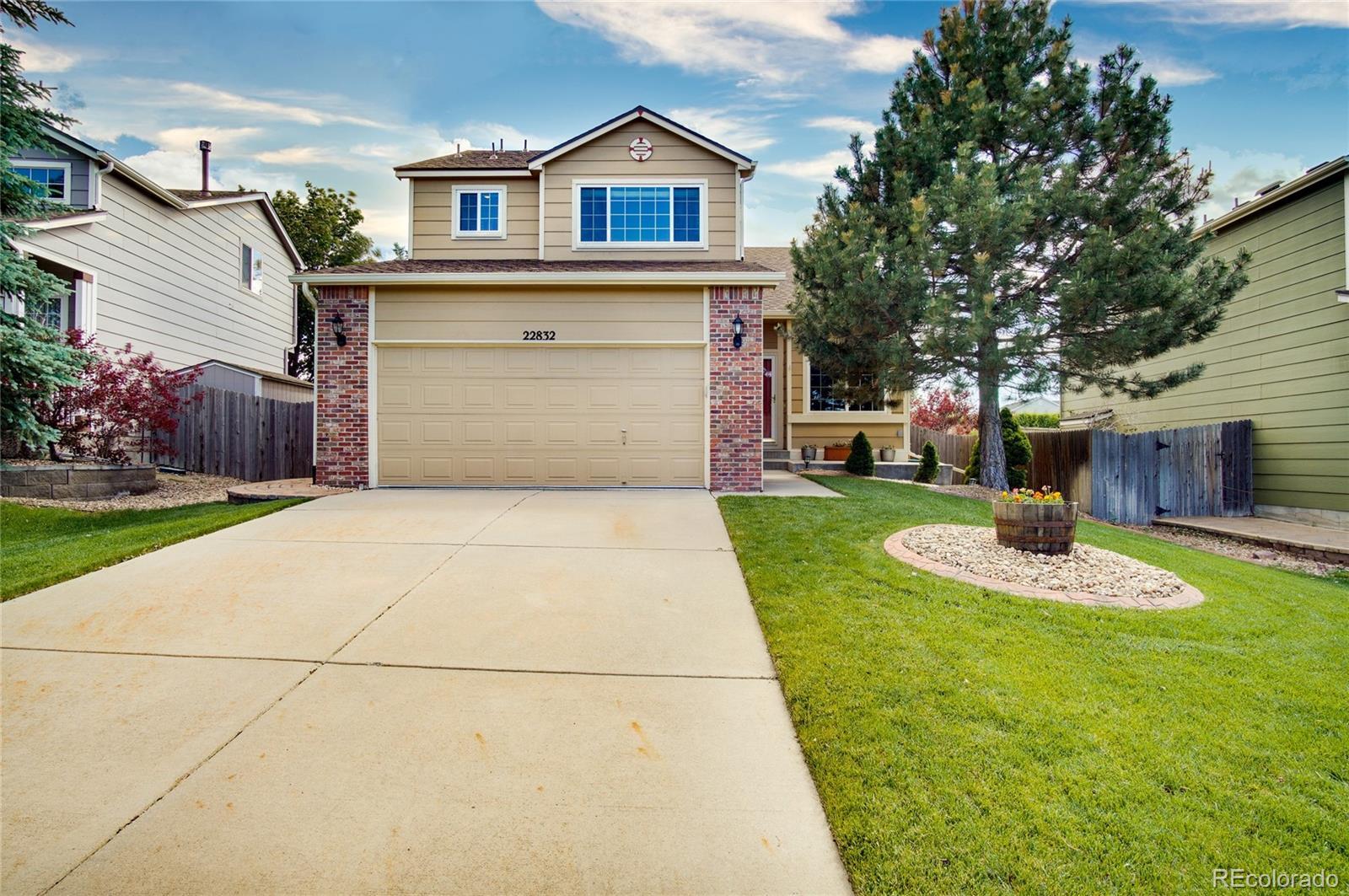 22832 E Dorado Drive Property Photo - Aurora, CO real estate listing