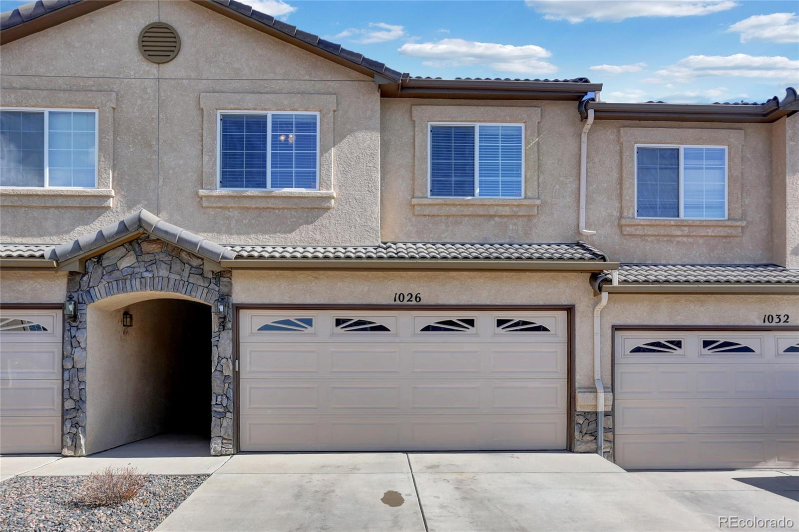 1026 Cheyenne Villas Point Property Photo - Colorado Springs, CO real estate listing