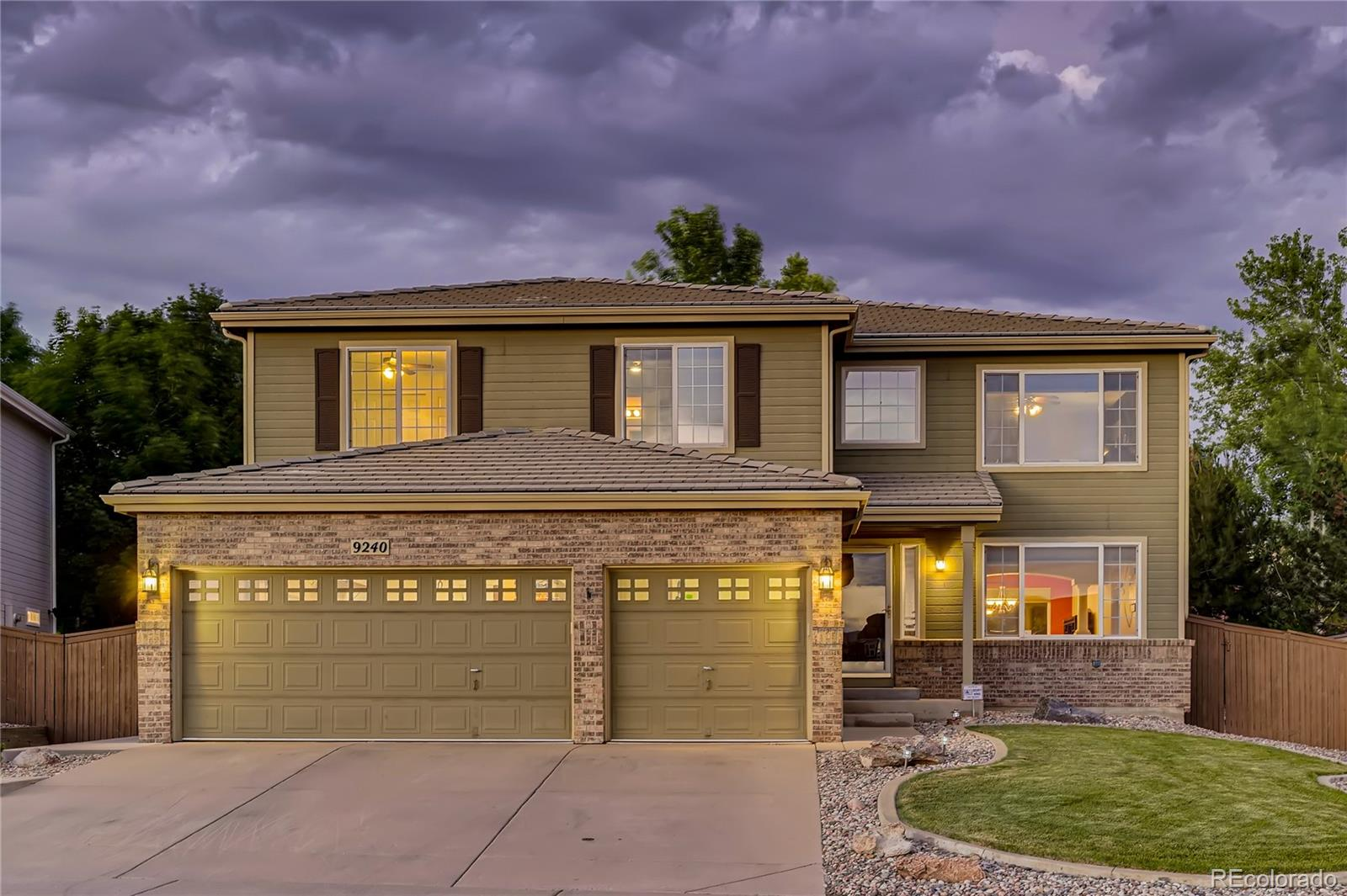 9240 Ironwood Street Property Photo - Highlands Ranch, CO real estate listing