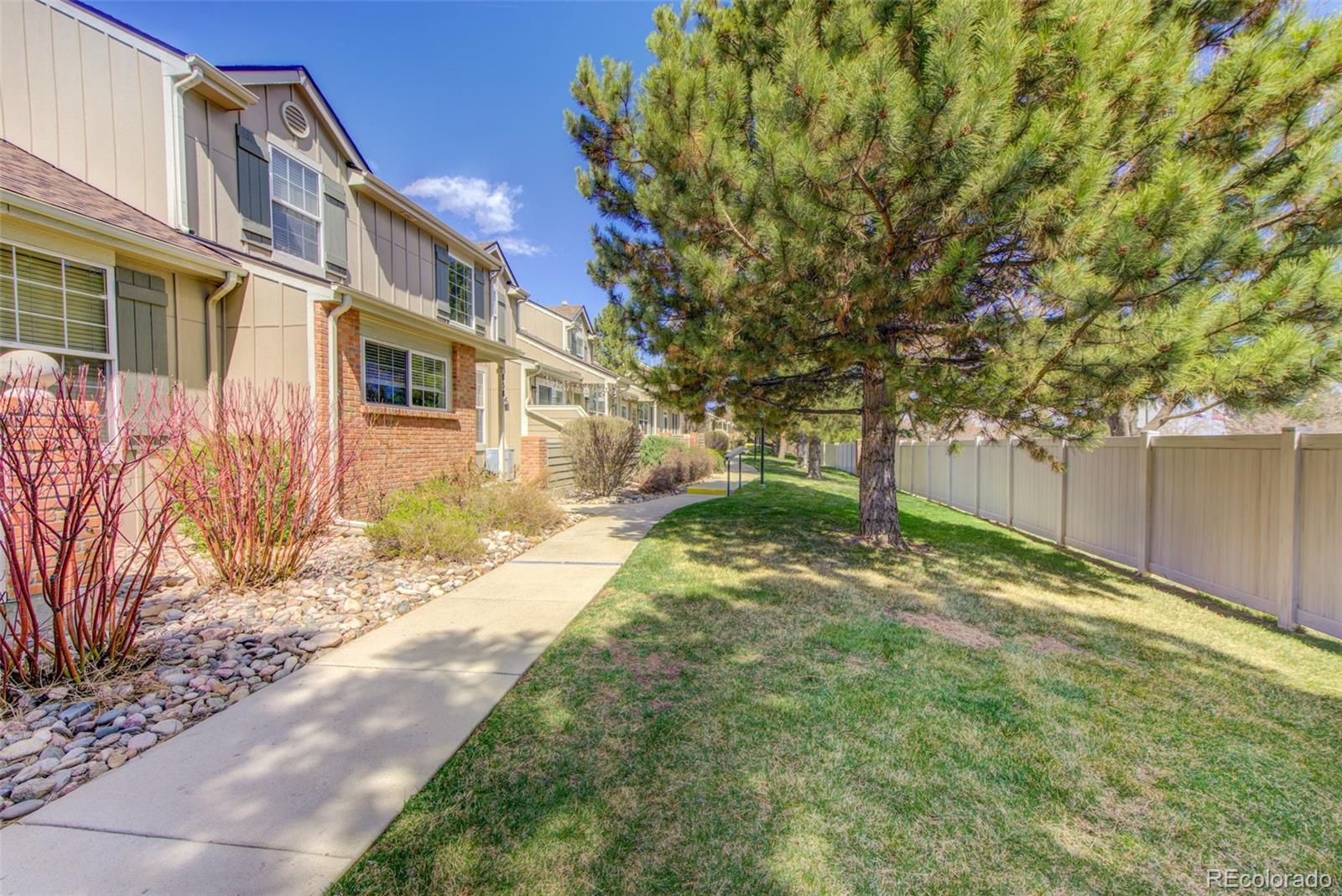 858 S Granby Circle Property Photo - Aurora, CO real estate listing
