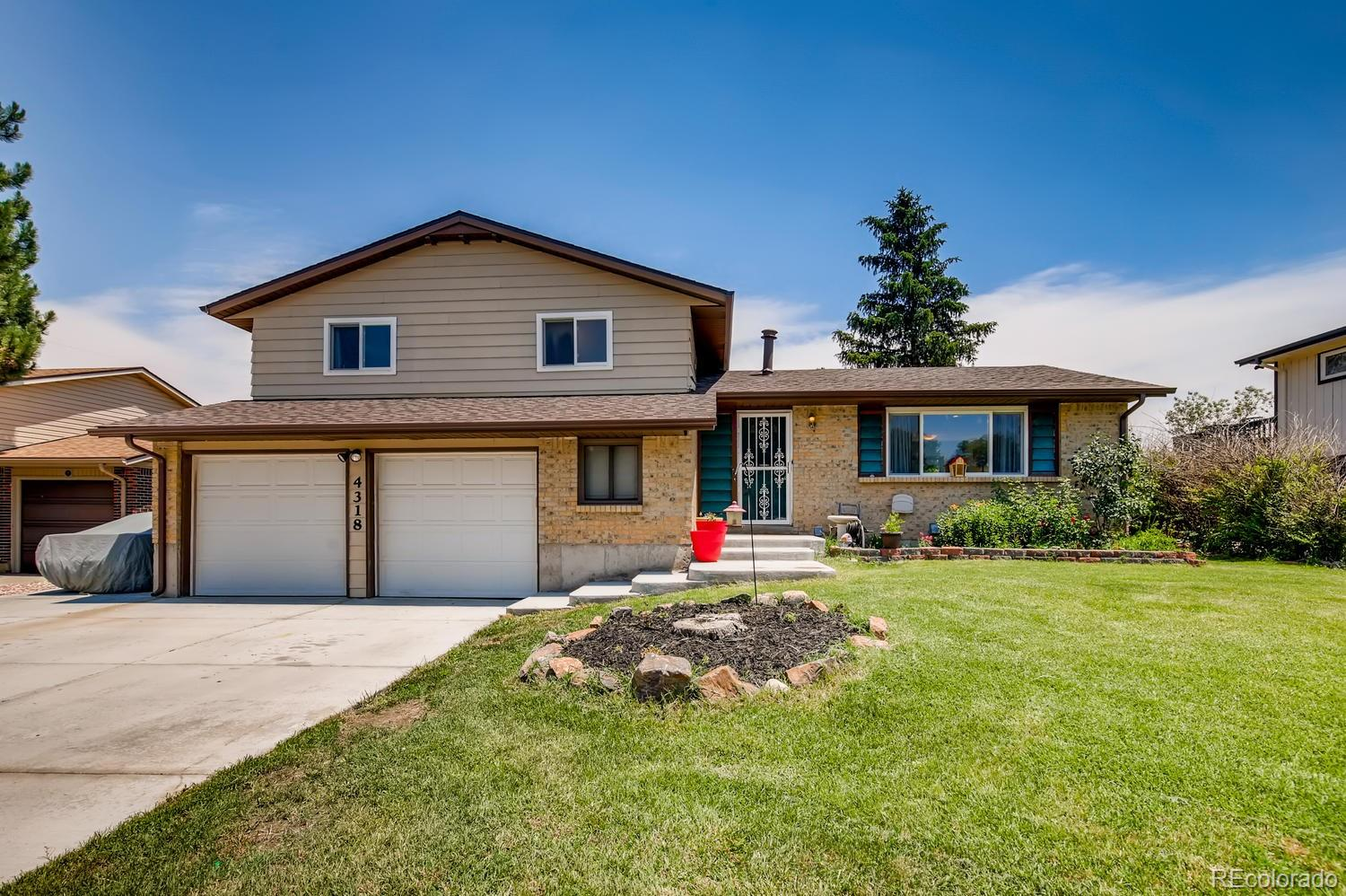 4318 S Carr Court Property Photo - Littleton, CO real estate listing