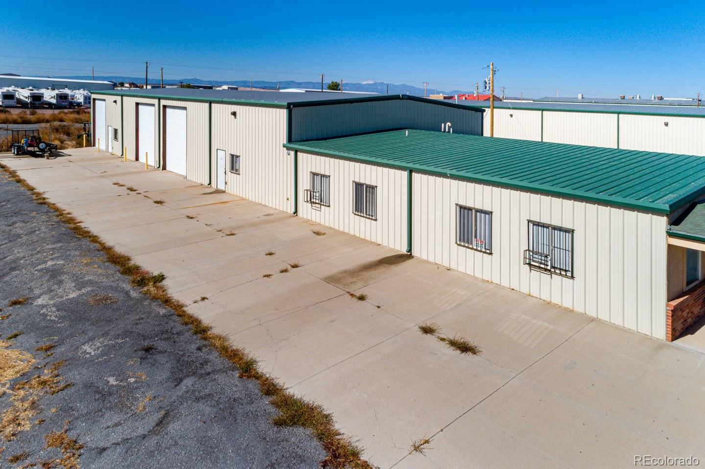 43 N Silicon Drive Property Photo - Pueblo West, CO real estate listing