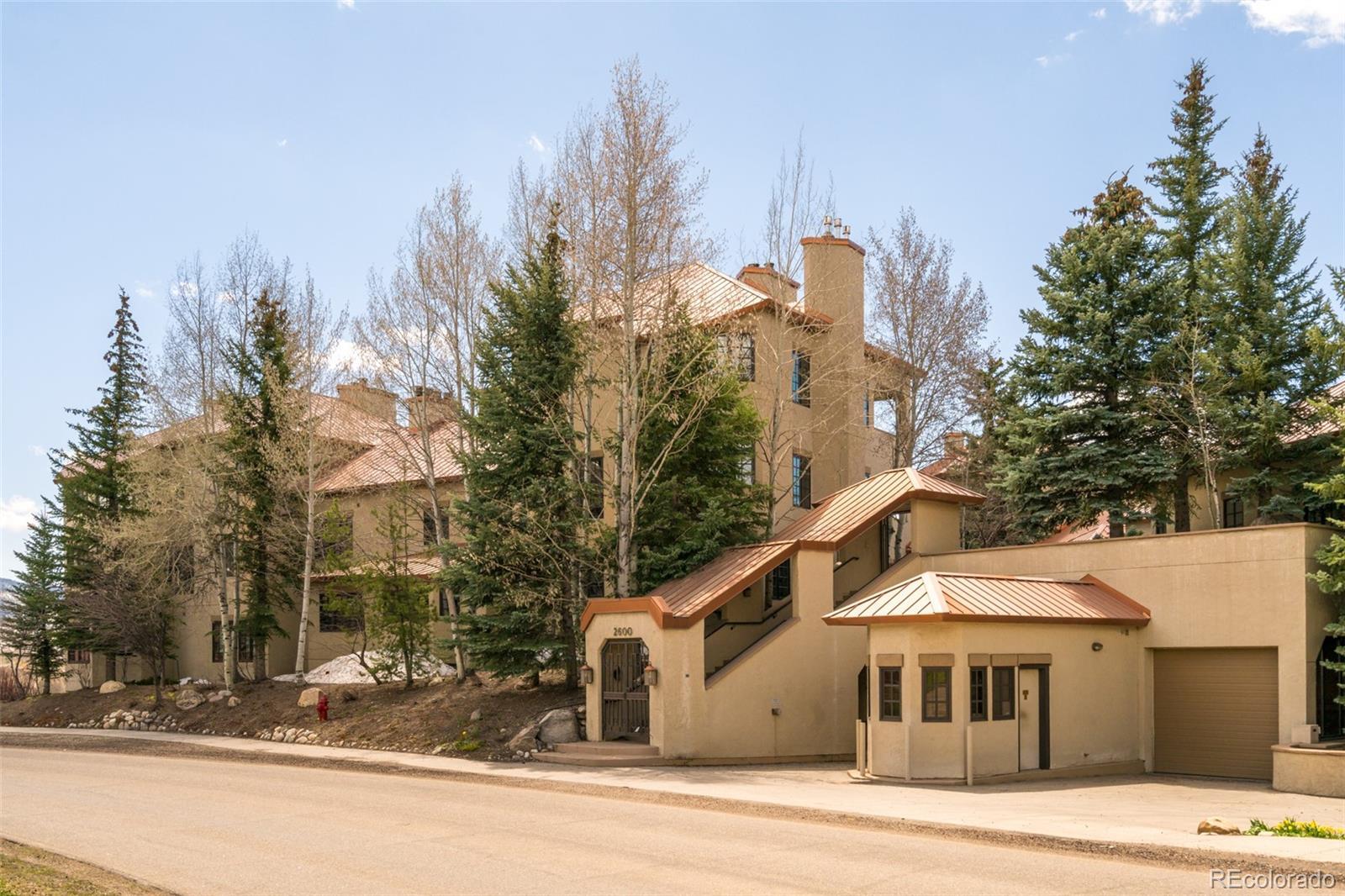 2600 Eagleridge Drive Drive #27 Property Photo 1